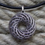 go_helix_necklace_03