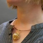 go_orbit_necklace_use_02