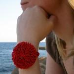go_coral_bracelet_use_01