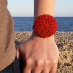 go_coral_bracelet_use_03