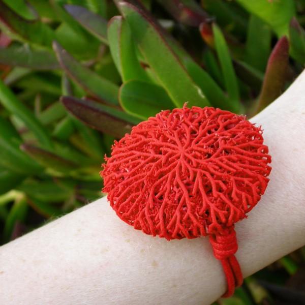 go_coral_bracelet_use_05
